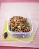 asian-noodle-0904-mea100861.jpg