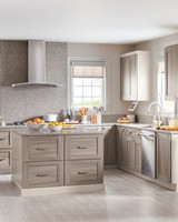 Kitchen Remodel Tips to Live By: The Art of Functional Design