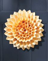 cone-door-wreath-052-d111372.jpg
