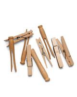 mld105546_0410_clothespins3s.jpg