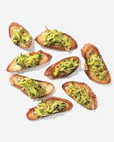 zucchini-crostini-129-d112023.jpg