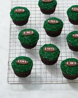 football-cupcakes-0208-d112594.jpg