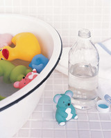 msb99948_0303_cleaning_baby_toys.jpg