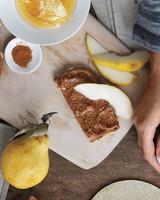 mbd105487_0410_toast_pears_almond.jpg