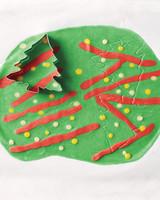 swe-xmastreecookies-009-med109135.jpg