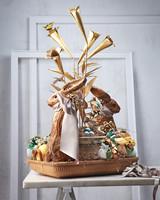 easter-basket-rabbits-040-mld109766.jpg