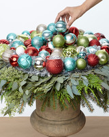 thd-hht-holiday-ornamenturn-07-1114.jpg