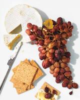 grape-trio-dried-on-vine-156-d112159.jpg