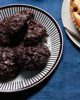 flourless-chocolate-cookies-mld108771.jpg