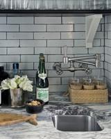 steven-gambrel-kitchen-sink-mld107949.jpg