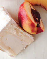 nectarines-saint-andre-cheeseboard-md110117.jpg