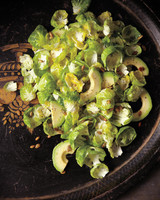 thanksgiving-sides-brussel-sprout-004-mbd109277.jpg