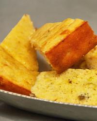 mh_1009_corn_bread.jpg
