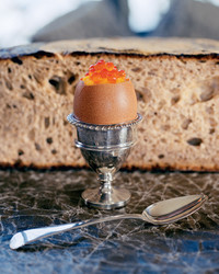 Scrambled Eggs with Salmon Roe in Eggshell Cups