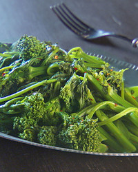 mh_1031_broccoli_rabe.jpg