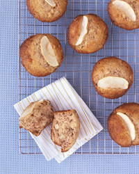 0306_kids_applemuffins.jpg