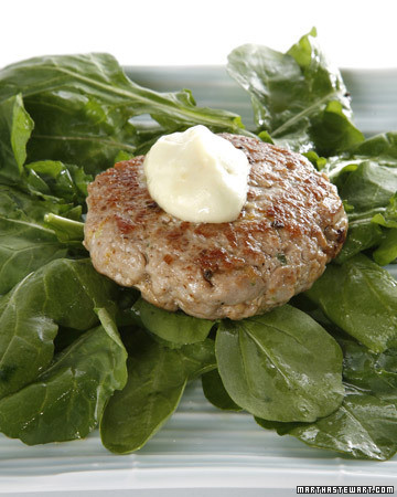 2111_recipe_tunaburger.jpg