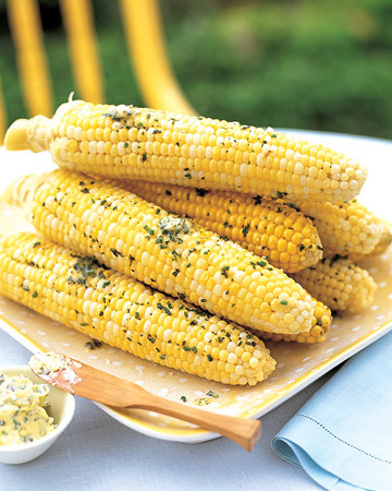 ml0804_sip07_corn_cobs.jpg