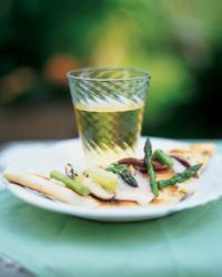 asparagus-0504-mla100423.jpg