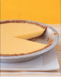 lemon-pie-0503-mea100030.jpg