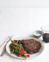 med104830_0909_steak_veg.jpg