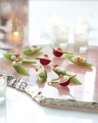 celery-radishes-mld108028.jpg