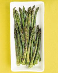 edf_mar03_asparagus_broil.jpg