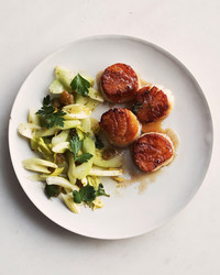 seared-scallops-102935770.jpg