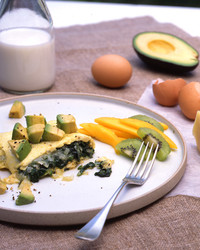 ba103364_0808_spinach_omel.jpg