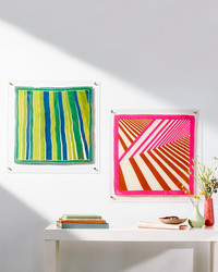 13 Brilliant Ways to Decorate a Blank Wall