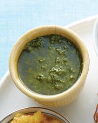 mld104984_0810_green_sauce.jpg