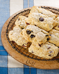 4084_012209_oatmealbiscuits.jpg