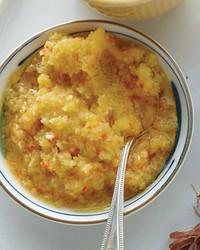 mld104984_0810_yellow_sauce.jpg