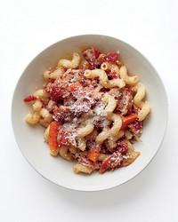 pork-ragu-pasta-2-med107616.jpg