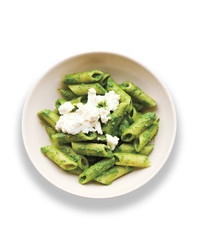 spinach-pesto-002-med109451.jpg