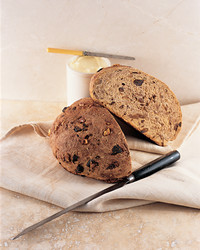 walnut-bread-0104-mla100475.jpg