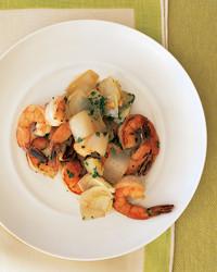 shrimp-endive-0404-mea100668.jpg