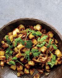 potatoes-onions-0911med107344.jpg