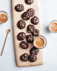 walnut-cookies-0386-mld111000.jpg