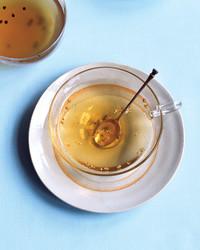 common-cold-tea-0505-mba101266.jpg