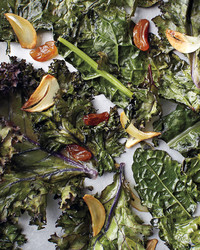 kale-and-raisins-067-mld110573.jpg