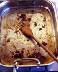 turkey-pan-gravy-la102874-0717