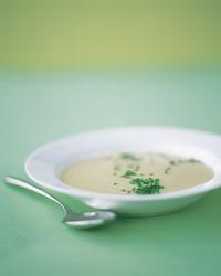 leek-potato-soup-0504-mea100717.jpg