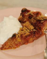 rhubarb-strawberry-pie-mslb7133.JPG