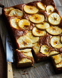 spiced-apple-cake-004-d112708-1.jpg