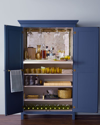 Style Tips for a Swanky Home Bar
