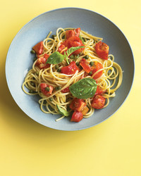 med104830_0909_bag_pasta_tomsauce.jpg