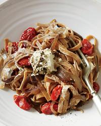 spelt-ribbon-pasta-feta-mld108020.jpg