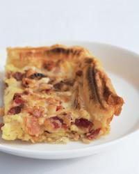 bacon-egg-casserole-0503-mea100030.jpg