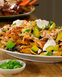 chicken-black-bean-nachos-mhlb2047.jpg
